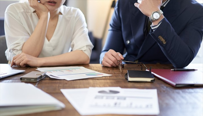 離職率はなぜ上がる?原因とおすすめの改善方法